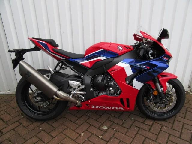 Honda CBR 1000RR-R Fireblade